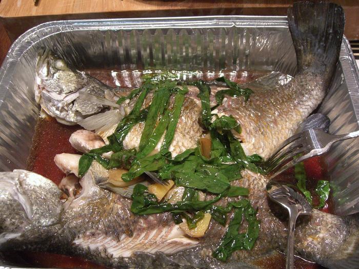 Du khách đừng bỏ qua món cá Barramundi nướng nhé!