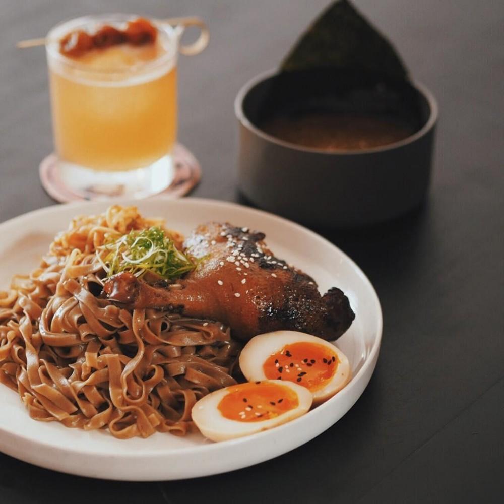 Tranh nang Sai Gon o 4 quan ca phe co menu 'brunch' sang chanh hinh anh 25