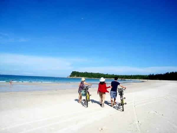 Trong vài năm gần đây, hòn đảo đã được nhiều bạn trẻ tìm tới khám phá. Ảnh: ST