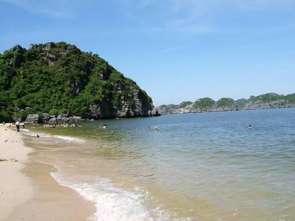 Đảo Ngọc Vừng sẽ là điểm đến lý tưởng cho những ngày hè oi bức của miền Bắc. Ảnh: ST