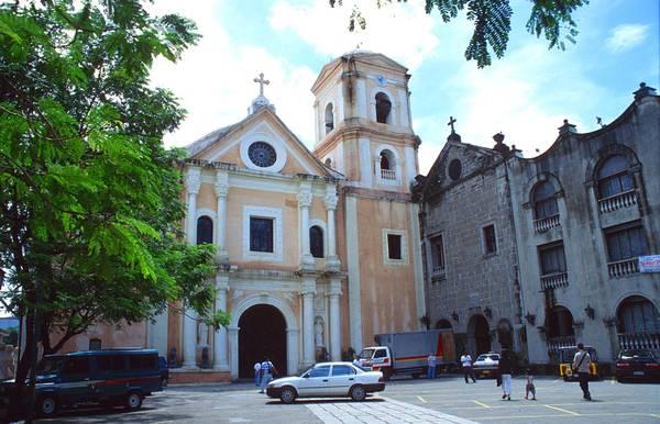 Nhà thờ San Augustin ở Intramuros. Ảnh: tropicalisland.de