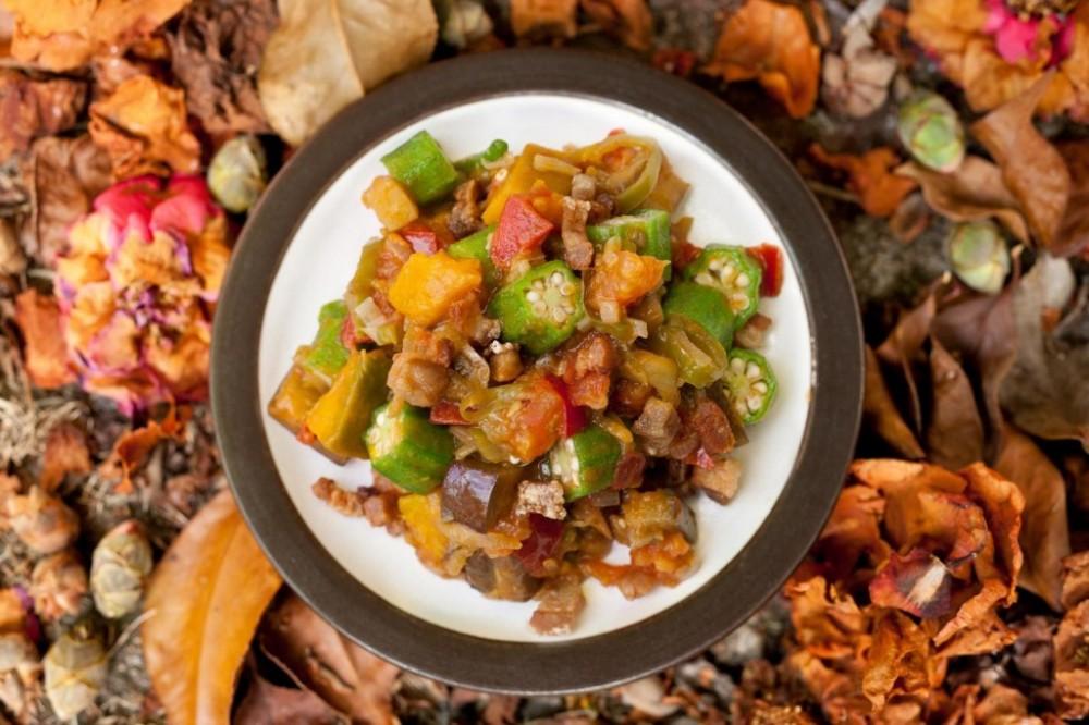 Pinakbet là món ănđơn giản nhưng rất tốt cho sức khỏe.Ảnh: chow.com