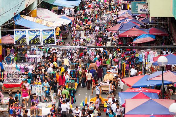 Khu chợ Quiapo là nơi tập kết của tất cả các mặt hàng thủ công mỹ nghệ đẹp nhất được làm bằng tay ở Manila.Ảnh: skyscanner.com.ph